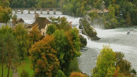 Las cataratas del Rhin en Suiza